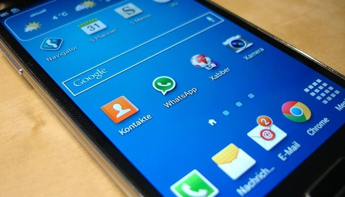 How to Share and Send Any File on Android via WhatsApp and SMS