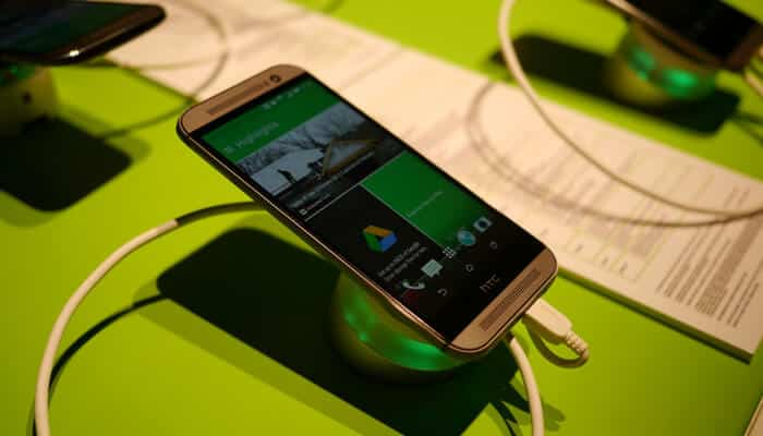 10 Tips and Tricks for HTC One M8 to Help an Older Phone Keep Up With the Newer Models