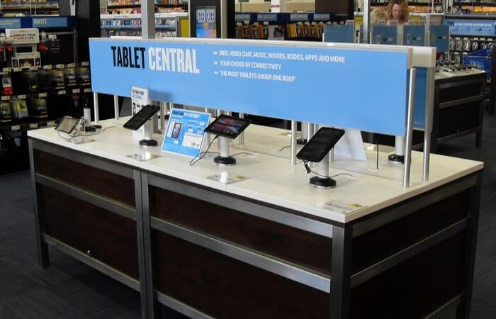 Tablet Display in Store