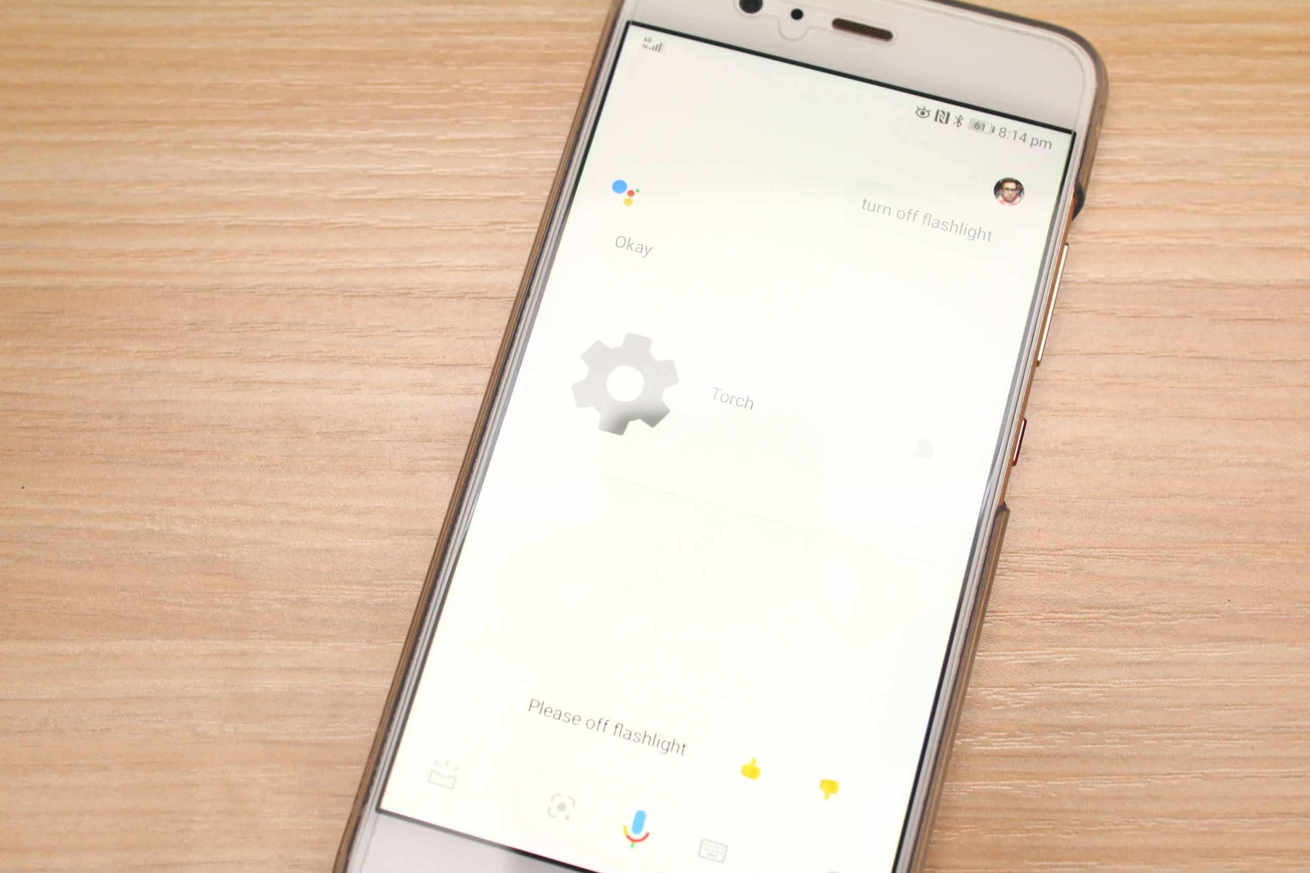 How To Turn Off Flashlight On Iphone >> How To Use Google Assistant To Turn Device Flashlight On
