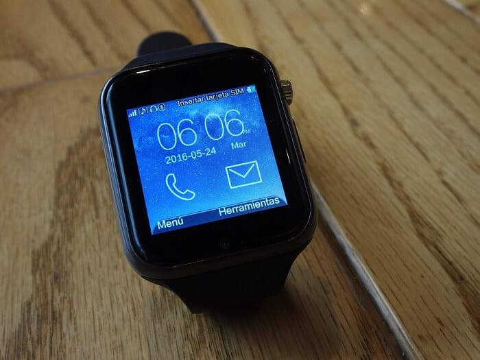 Android Watch vs. Apple Watch: What You Need To Know - Joy of Android