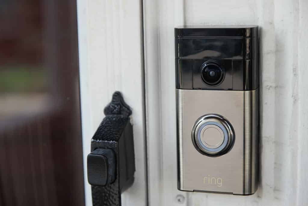 6 Best Wi-Fi Smart Doorbells That Work With Android Phone and Tablet