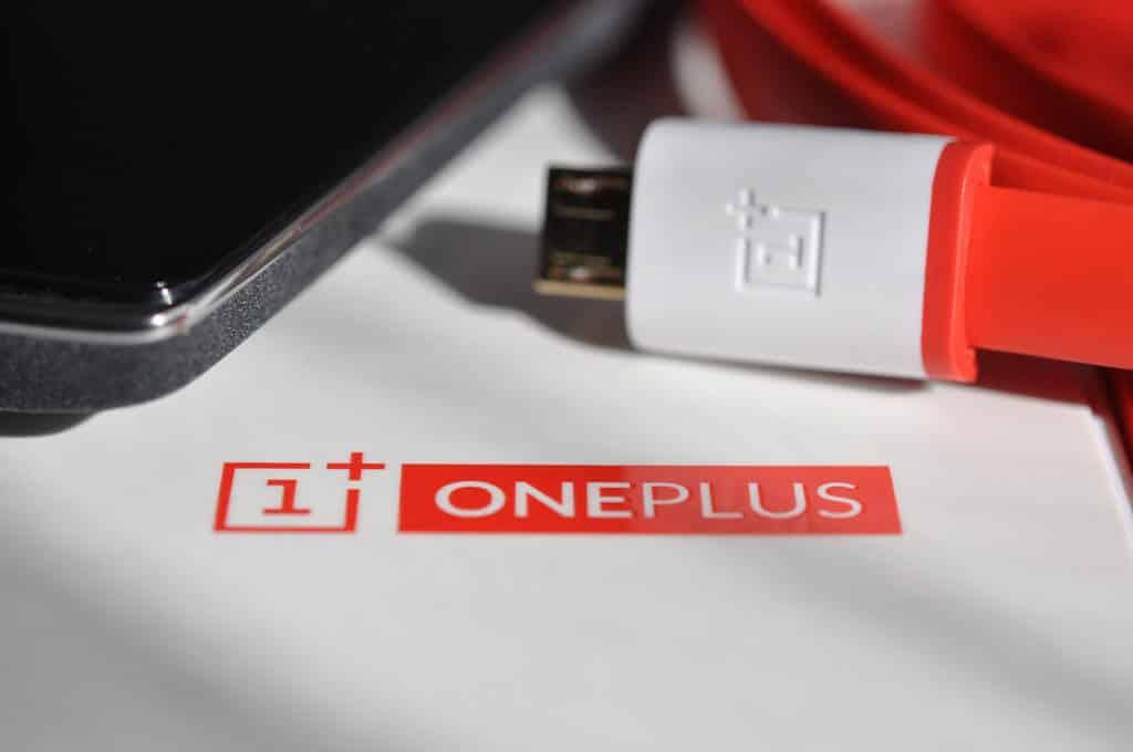9 Best OnePlus 6 Accessories