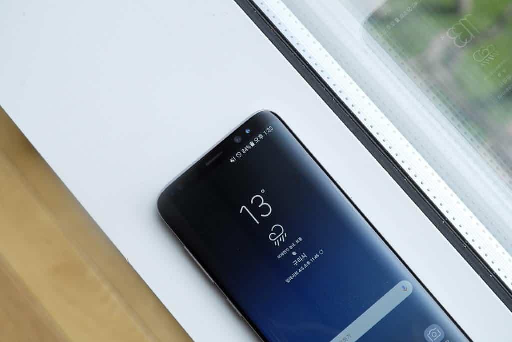 5 Best Samsung Galaxy S9 Accessories