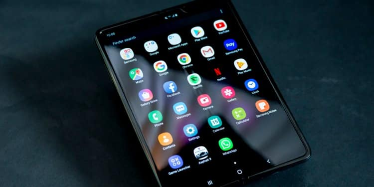 Samsung Galaxy Fold Breaks Just Days After, The Company Responds To The Screen Damage