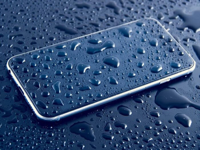Featured Image of Waterproof Smartphone