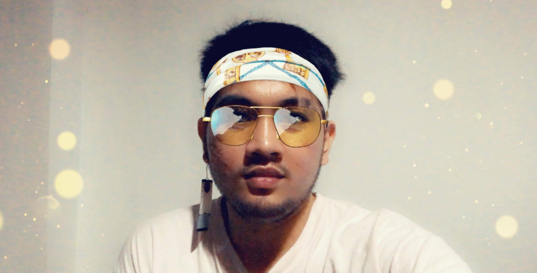 Snapchat Yellow Style Filter