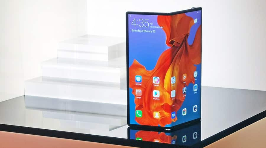 Huawei Will Push Through Its Mate X Launch While Samsung Delays Galaxy Fold Release