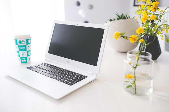 Featured Image - Best Chromebook under 200