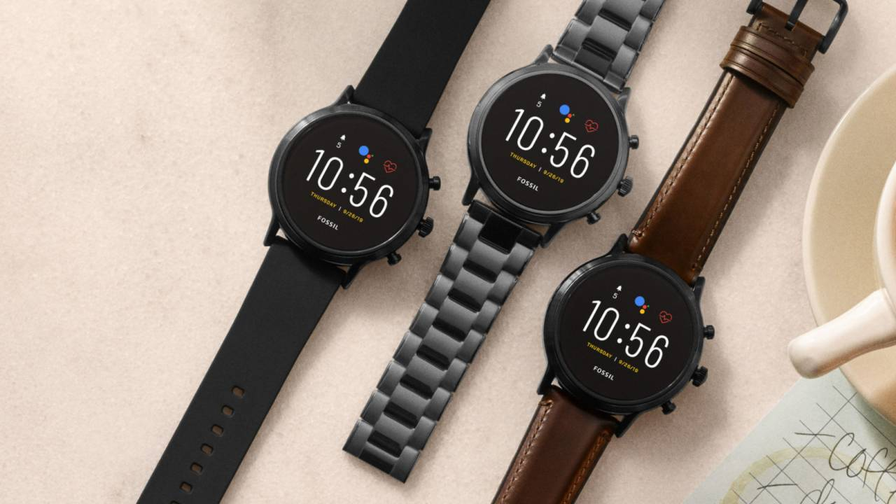fossil-gen-5-wear-os-smartwatches-best-gift-tech-geeks-android
