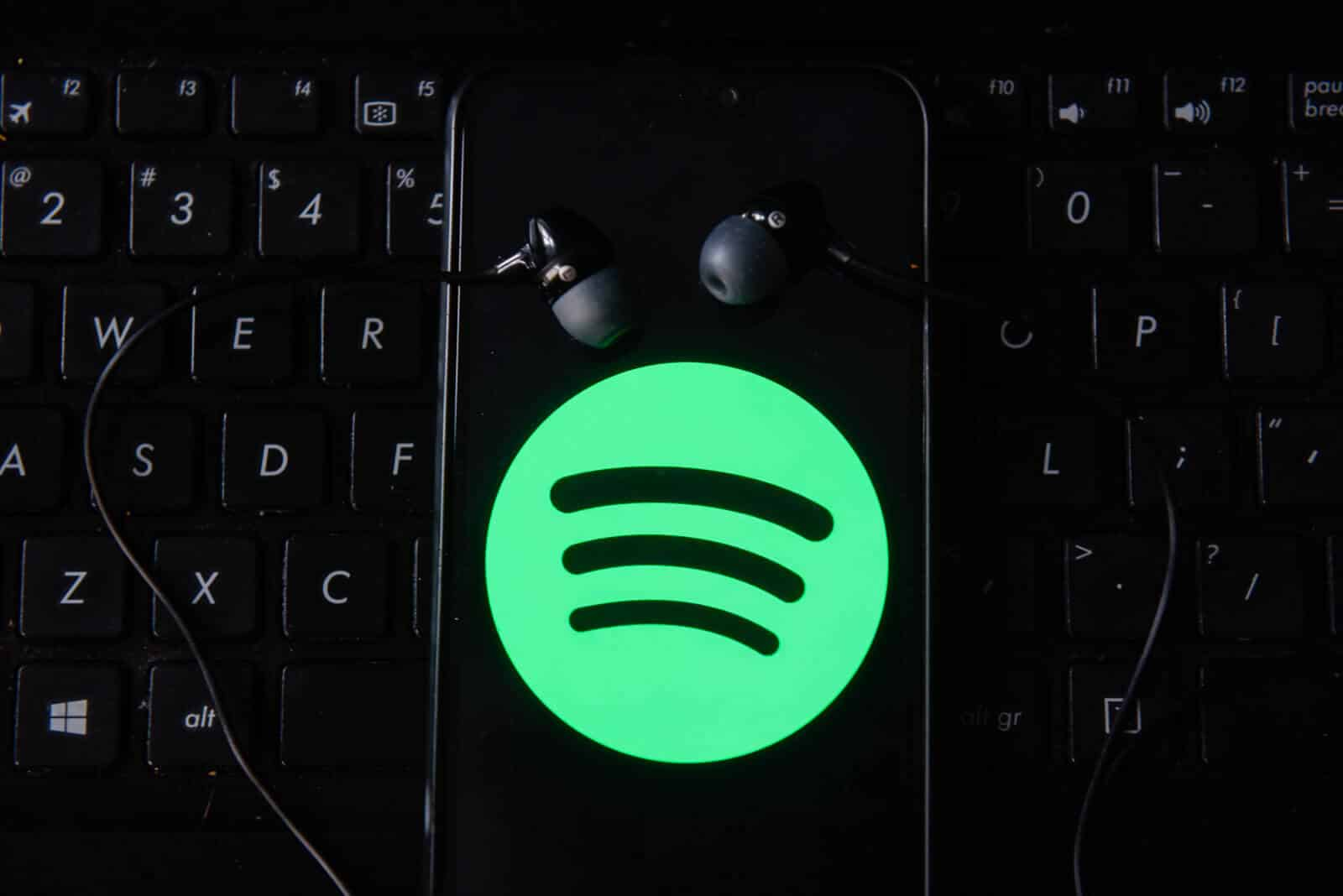 Spotify's home screen widget is back on its Android app