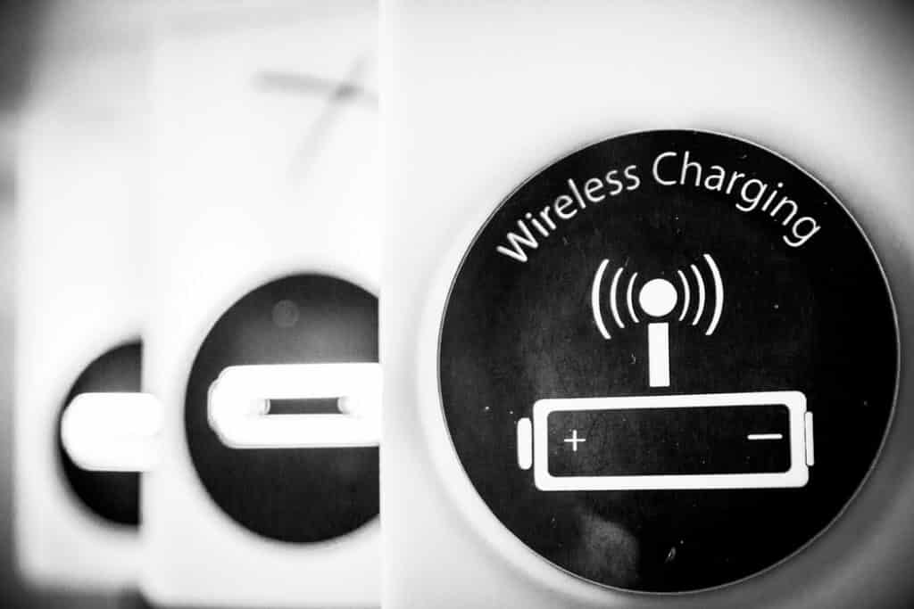 Best 5 Samsung Galaxy S9 Compatible Wireless Charger