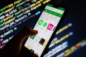 How does the Android adware work?