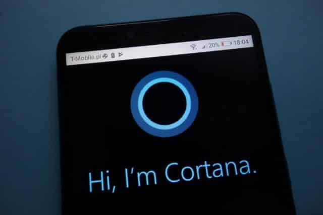 Microsoft is killing its voice assistant app for Android and iOS early next year