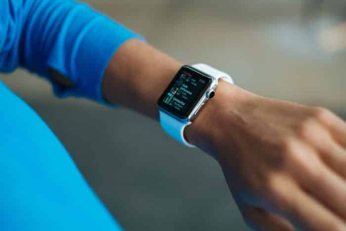 Featured Image - Best Android-Compatible Fitbit Watch Bands