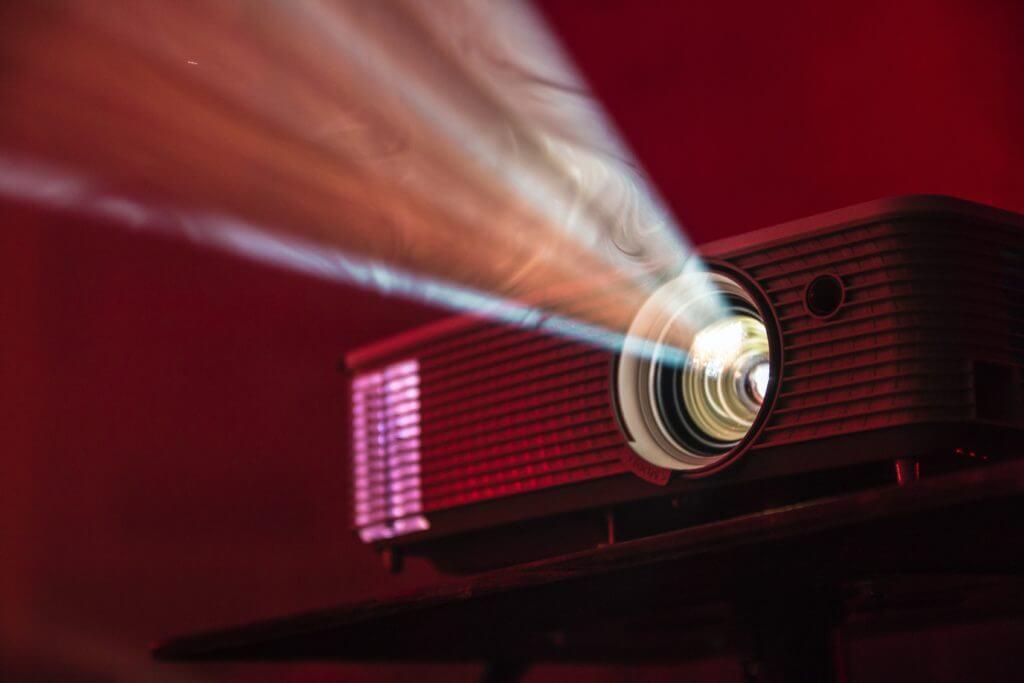 5 Best Screen Projectors for Samsung Phones