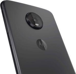 Best Phones Under 500 - Moto Z4 Back