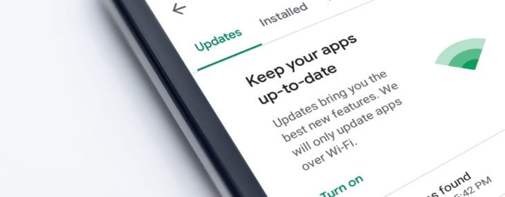 How To Make Apps Update Automatically on Android - Featured Image