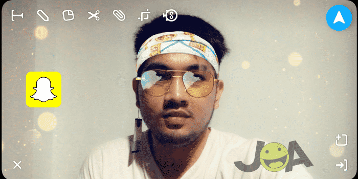 Snap with yellow style lens