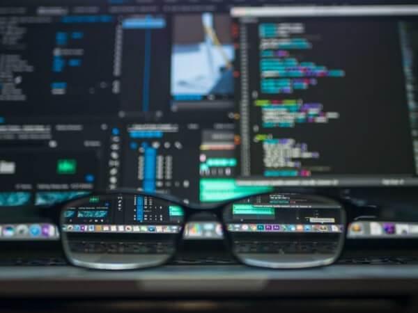 Hackers vendem mais de 73 milhões de registros de usuários roubados na dark web