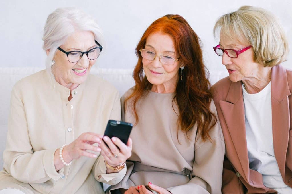 A Quick & Easy-To-Understand Android Guide For Seniors
