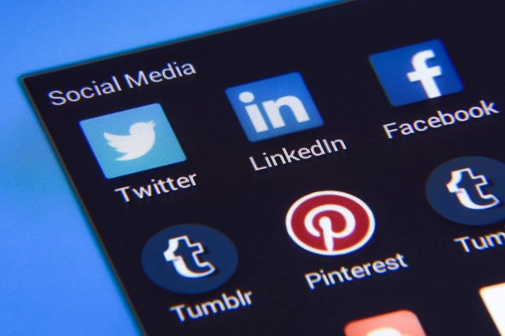 Hootsuite App Social Media Sites