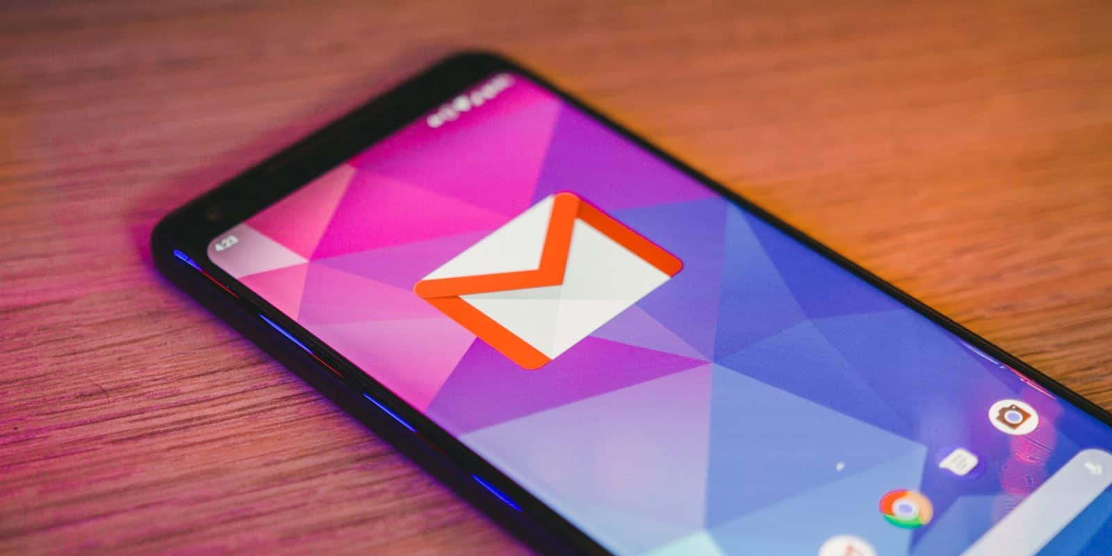 Gmail, Chrome, and other Android apps crashing on phones already fixed, says Google –– here's how!