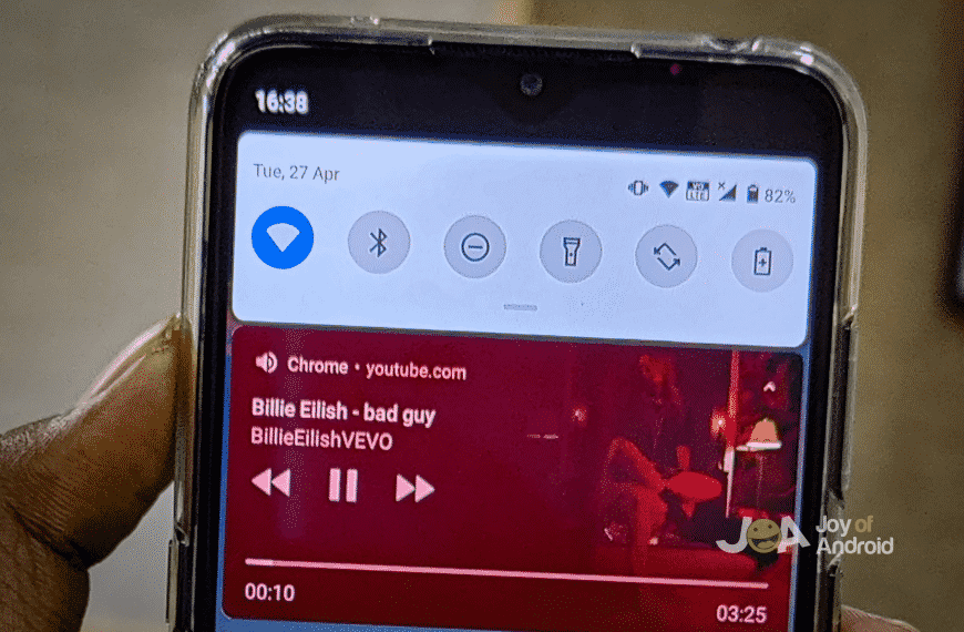 How to play YouTube in background on Android for FREE