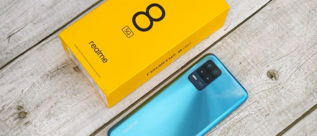 Realme 8 5G out of the box