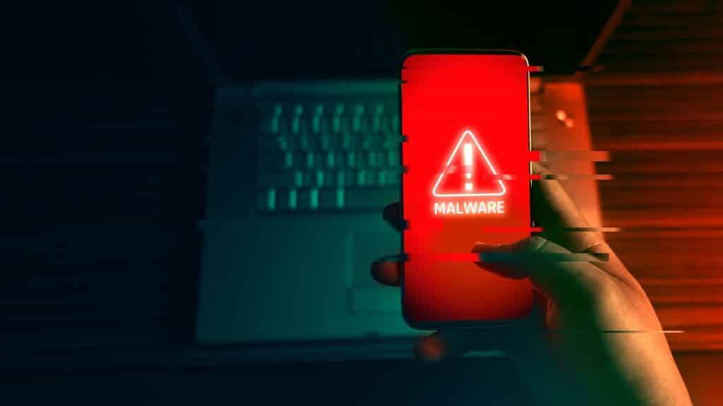 Beware: A new Android trojan steals Facebook accounts