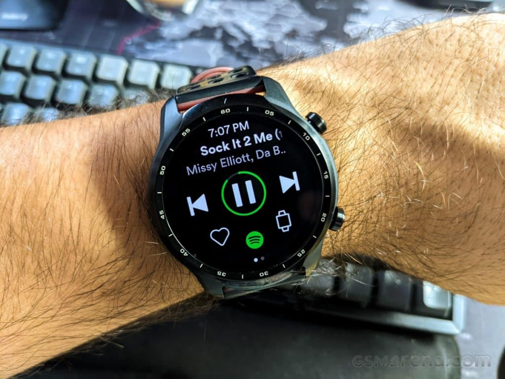Spotify adds offline playback support