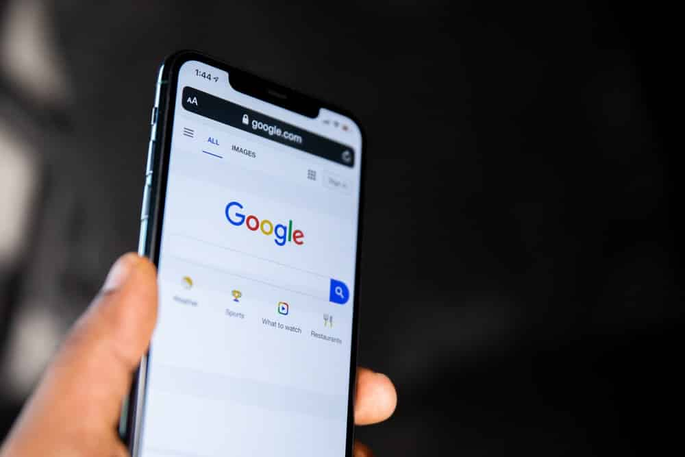 Google updates the Search app with a continuous scroll in the US